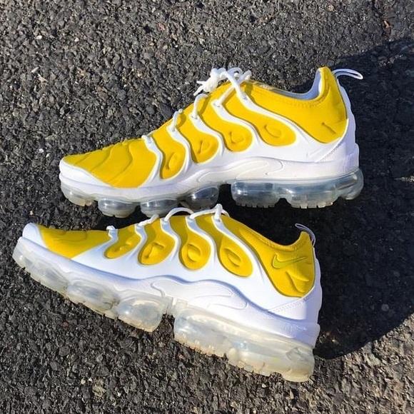 Yellow White Nike Air Max | Poshmark